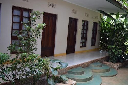 Ngorongoro Lodge & Campsite, Karatu