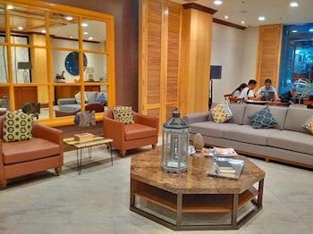 CEDAR PEAK CONDOMINIUM BY TRIPSTERS HUB Lobby Sitting Area