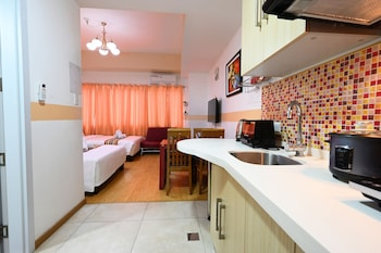 CEDAR PEAK CONDOMINIUM BY TRIPSTERS HUB Private Kitchen