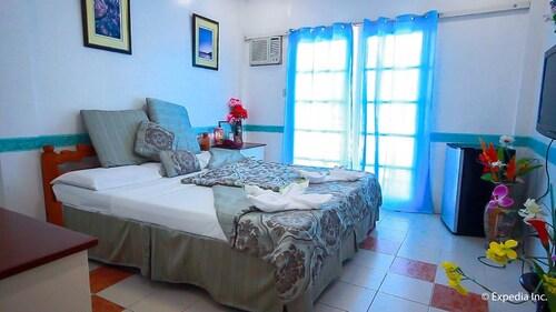 Villa Paraiso Resort & Apartelle, Mambajao