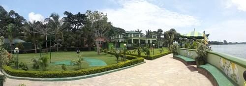 Country Lake Resort - Garuga, Busiiro