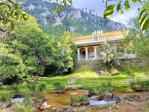 . Hospedium Hostal Sierra del Agua