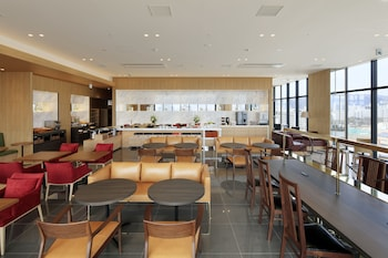 CANDEO HOTELS HIROSHIMA HATCHOBORI Breakfast Area