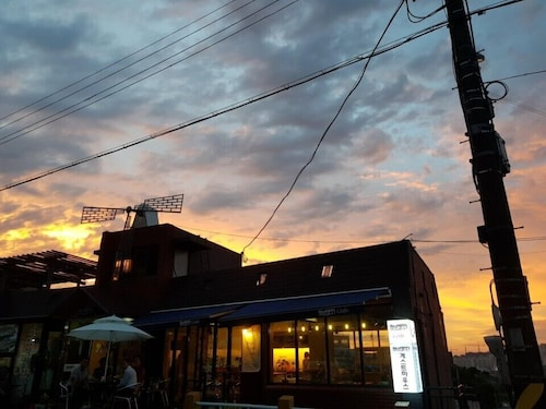. Mokpo White Windmill Guesthouse