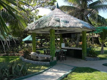 SEA OF DREAMS RESORT Gazebo