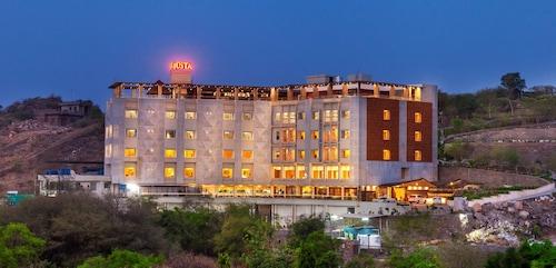 juSTa Sajjangarh Resort & Spa, Udaipur