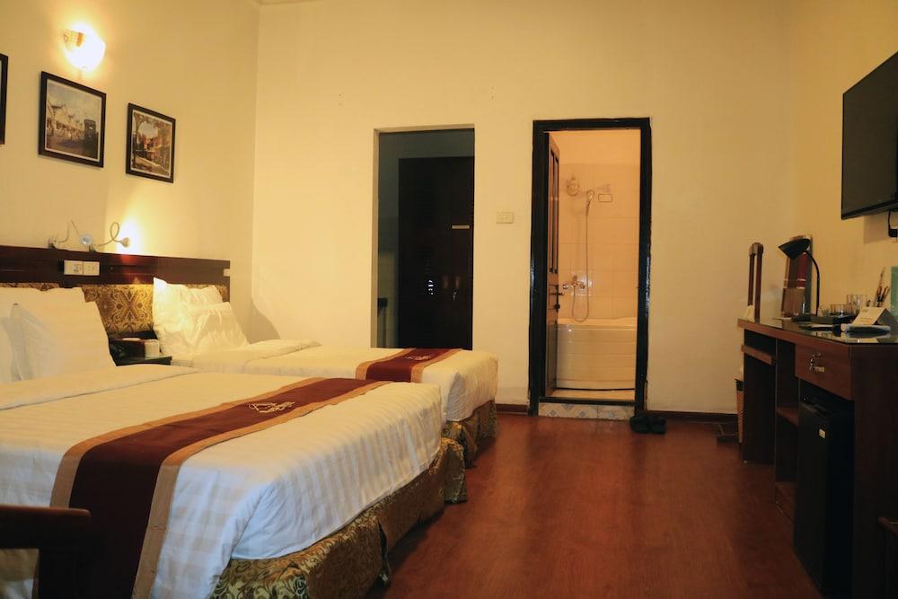A25 ホテル 80 マイ ハク デ