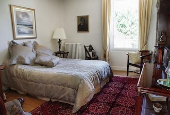 Double Room (Zola)