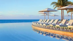 Lighthouse Pointe at Grand Lucayan