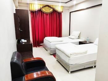 Deluxe Tek Büyük Veya İki Ayrı Yataklı Oda, Şehir Manzaralı