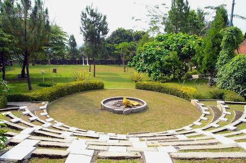 The Village Resort Bogor, Bogor