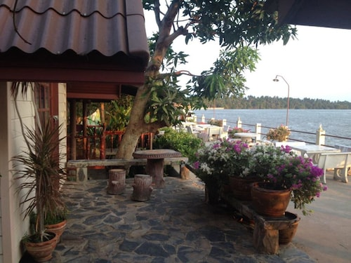 Kruamaeurai Homestay, Muang Samut Songkhram
