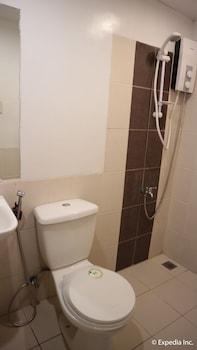 NIPA HUT VILLA BY AMCO EXTENSION Bathroom
