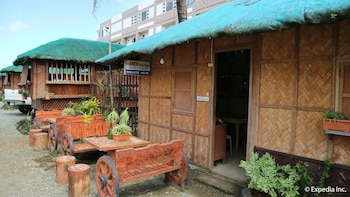 NIPA HUT VILLA BY AMCO EXTENSION Exterior