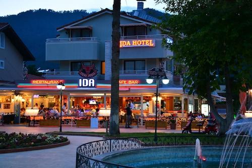 . Ida Hotel