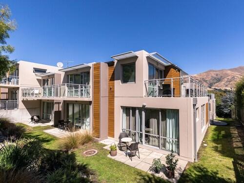 . Belvedere Apartments