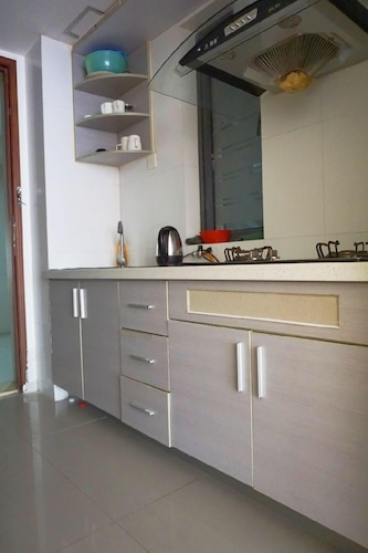 Homehunter Short Term Apartment, Shenzhen