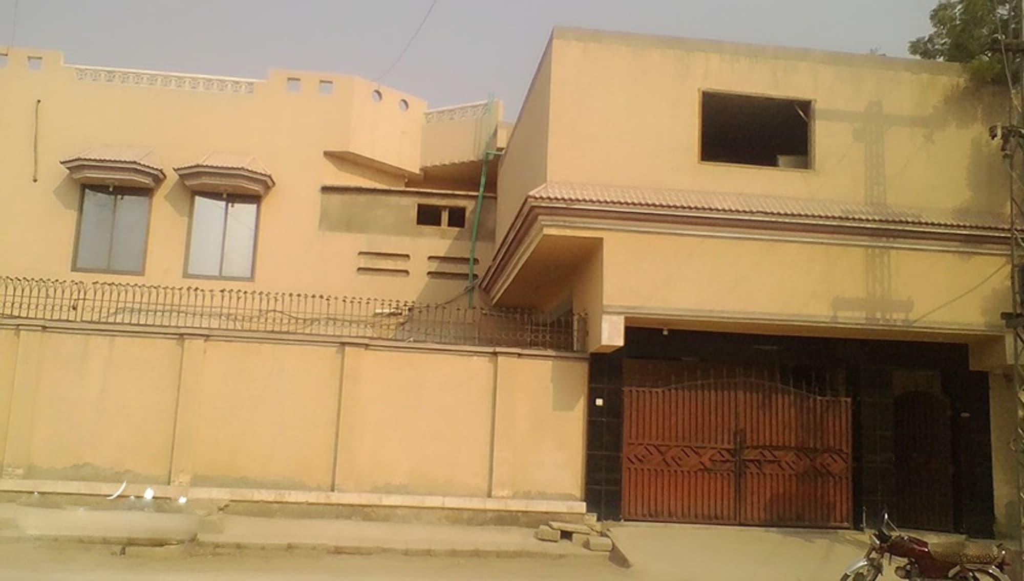Chancery Inn Guest House, Sukkur