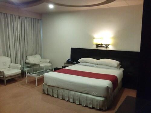 Hotel Leader's Inn, Lahore