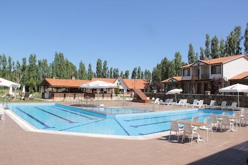 . Golkoy Yasam Resort