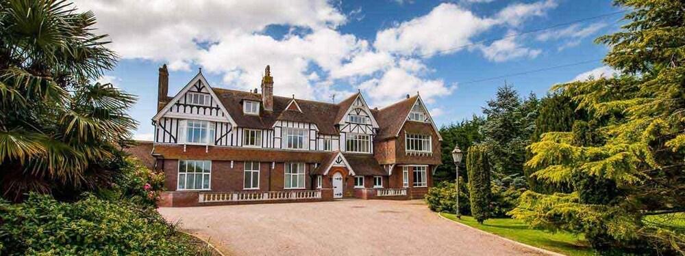 The Grange Court Hotel