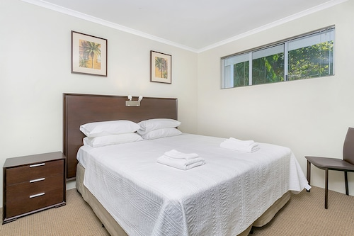 214 Spindle Cowrie, Cairns - Northern Suburbs
