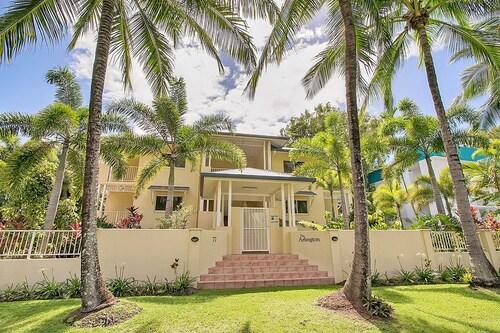 Arlington Apartments, Cairns - Northern Suburbs