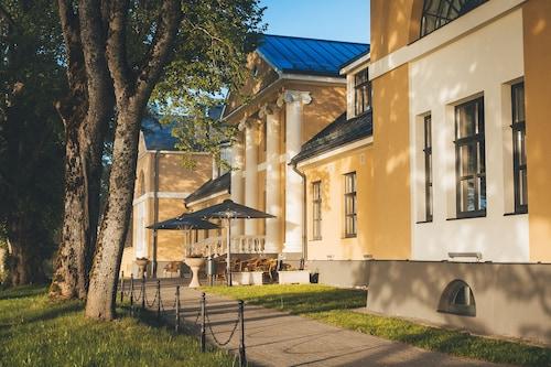 __{offers.Best_flights}__ Skrunda Manor Hotel