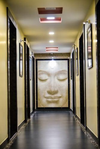 . Hotel Tulsi Residency