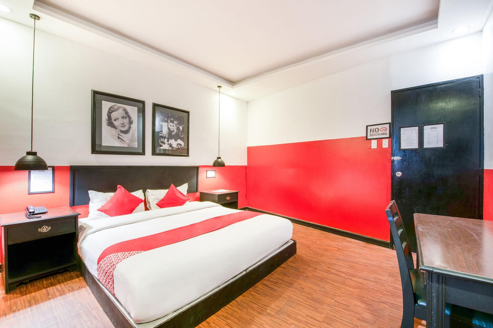 OYO 432 Diamondwood Hotel, Mabalacat