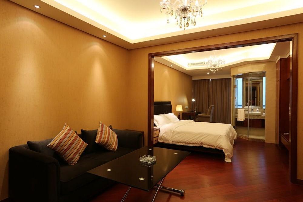 Bravo Residence