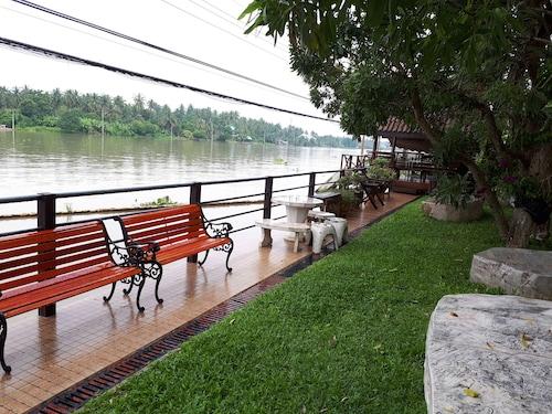 Amporn Riverside Resort, Bang Khon Ti