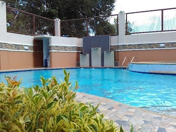 D'MARINERS HOTEL Outdoor Pool