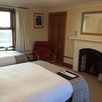 Tek Büyük Veya İki Ayrı Yataklı Oda, Özel Banyo