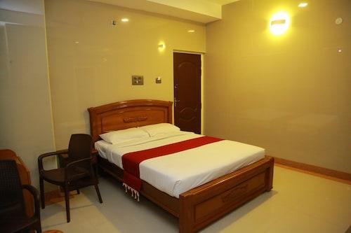 Hotel Sivas Regency, Theni