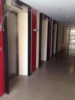 AZURE POSITANO STAYCATION 1433 Hallway