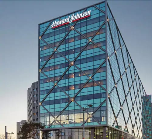. Howard Johnson by Wyndham Incheon Airport
