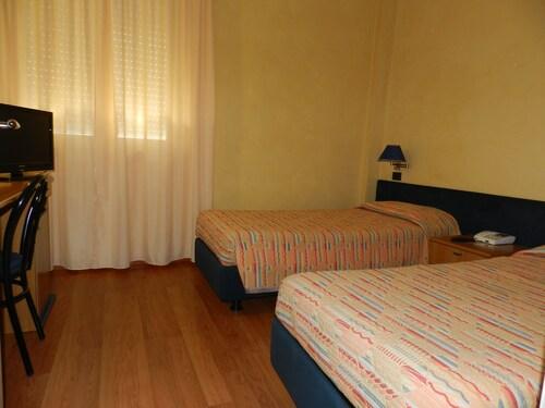 Hotel Victoria, Fermo