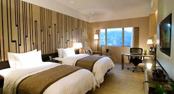Grand İki Ayrı Yataklı Oda, Dağ Manzaralı
