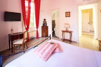 Classic Room, Garden View