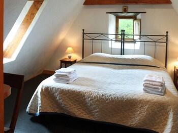 Family Tek Büyük Veya İki Ayrı Yataklı Oda, Banyolu/duşlu, Bahçe Manzaralı