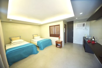 CML BEACH RESORT & WATER PARK Room