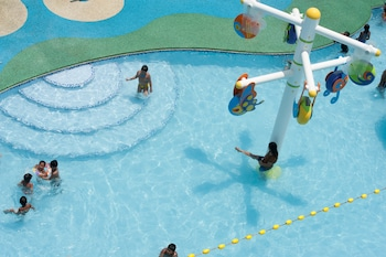 CML BEACH RESORT & WATER PARK Outdoor Pool