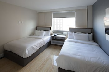 Guestroom at Mayflower Boutique Hotel in Long Island City