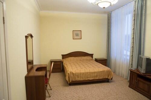 Vechnyy Zov Hotel, Eastern