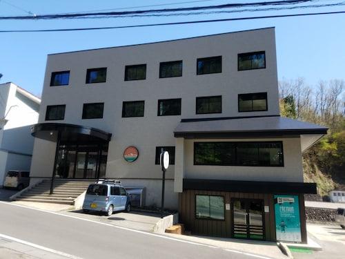 Happo Apartments, Hakuba