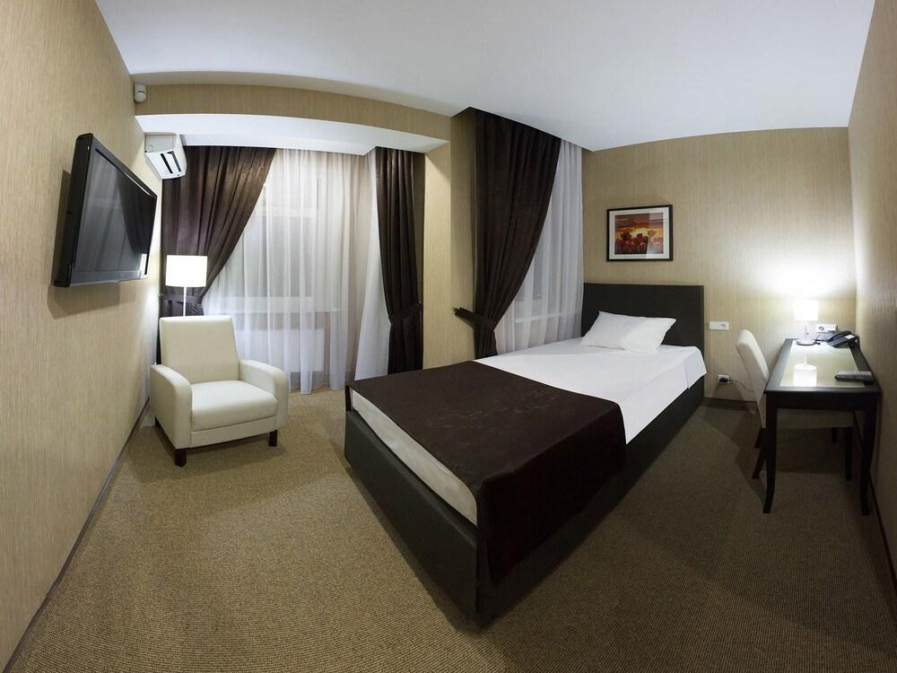 Отель GreLive
