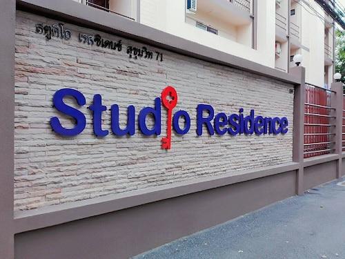 Studio Residence Sukhumvit 71, Wattana