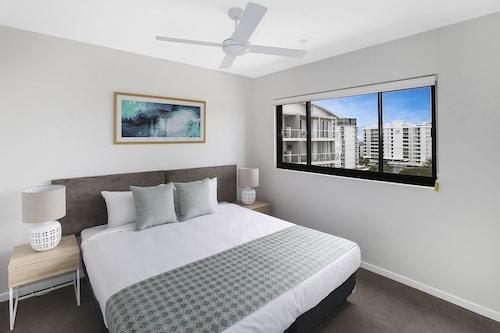 . Direct Hotels - Sea Breeze Mooloolaba