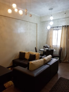 N602 OUTLOOK RIDGE RESIDENCES Living Area